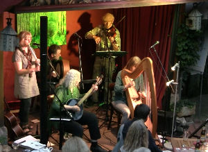 Irish-Folk-Band Spirited Ireland in Fredelsloh